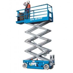 Genie GS-2632 Electric Scissor Lifts